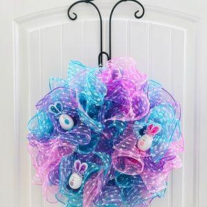 Deco mesh Easter bunny wreath for door or wall